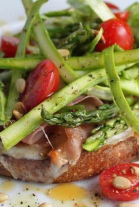 Tartine with Pesto, Prosciutto and Asparagus Salad