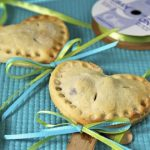 Pie Pops, A Yummy Sweet Treat in a Small Parcel