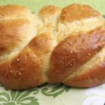 Claire – Challah Bread w/ Honey & Sea Salt – The Five Minute Way!