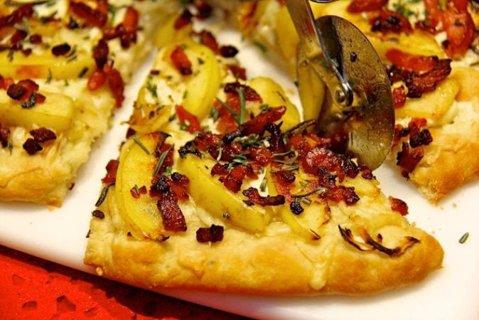 This Bacon and Apple Pizza with Fresh Rosemary is a delicious combination and comes together with the help of the famous 5 Minute Bread Dough.