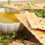 Super Simple Olive Oil & Herb Flatbread Crackers