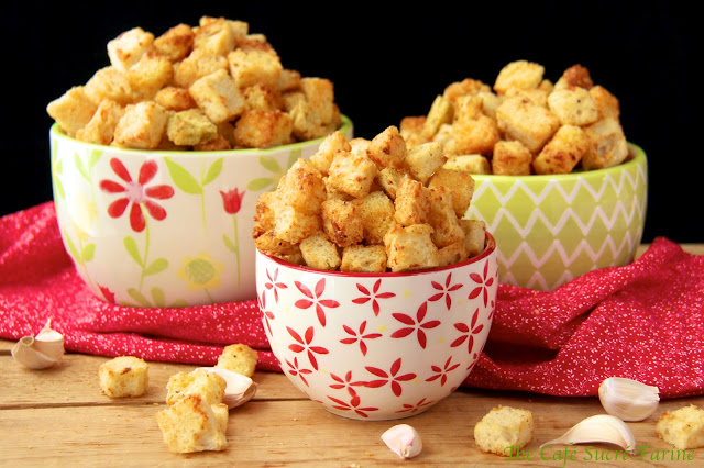Garlicky Parmesan Croutons