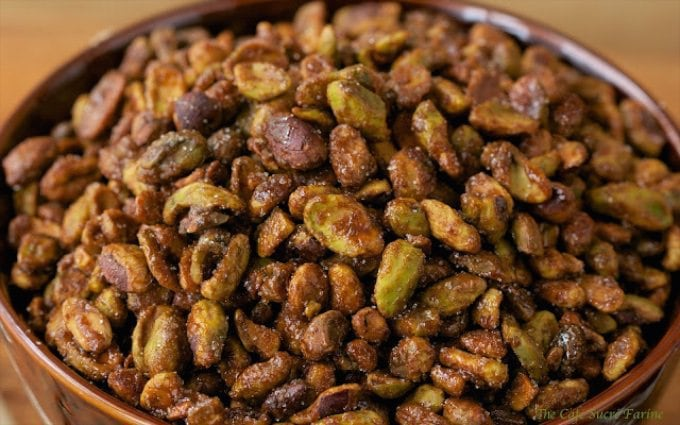 These Sweet and Smokey Roasted Pistachios are deliciously salty, sweet and smokey - all in one bite! But just try to eat one handful - no way!