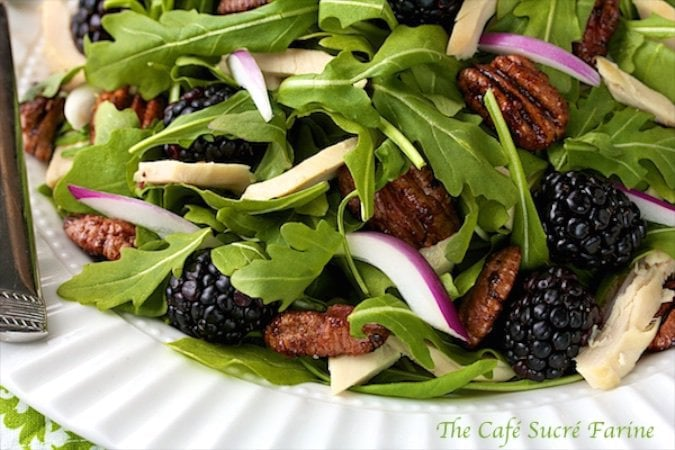 Arugula, Chicken and Blackberry Salad with Honey-Grapefruit Vinaigrette - a healthy, amazingly flavorful and easy to make. A delicious, colorful tasty treat!