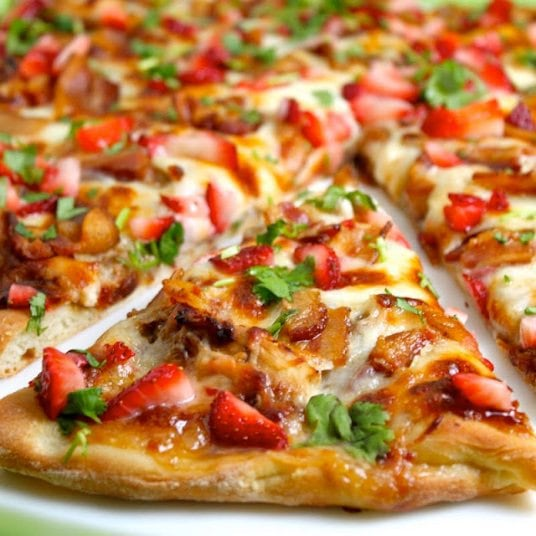 Balsamic Strawberry Pizza with Chicken and Applewood Bacon - This is an amazing taste combination that you have to try! The flavors work together to give you one of the most flavorful pizzas you'll ever sink your teeth into!