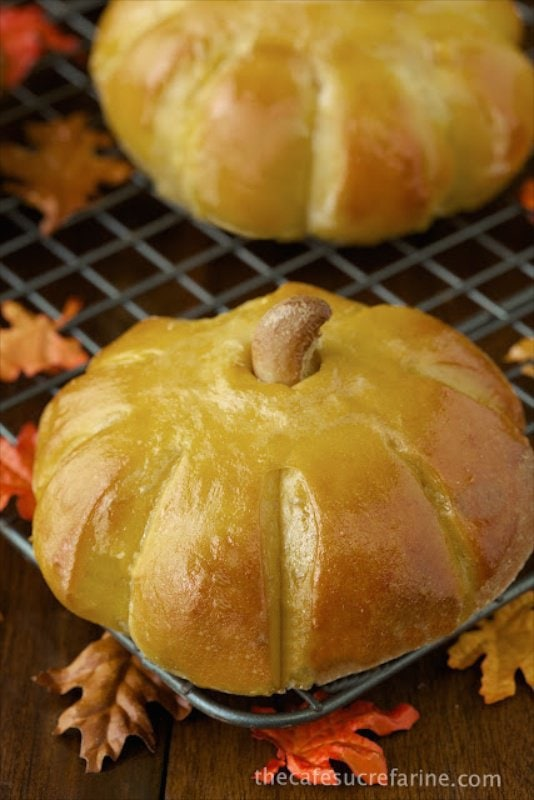 Pumpkin Style Sweet Potato Brioche Rolls - a delicious, seasonal, fun variation on a super dinner roll recipe.