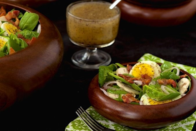 Spinach Salad with Poppyseed Dressing - a delicious, classic salad everyone seems to go crazy over.
