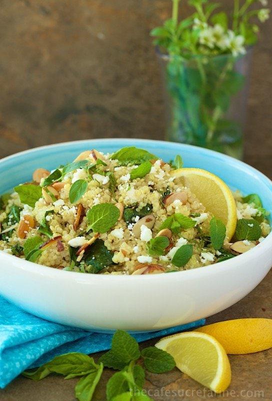 Lemon Quinoa Salad - A bright, fresh, healthy super-food salad loaded ...
