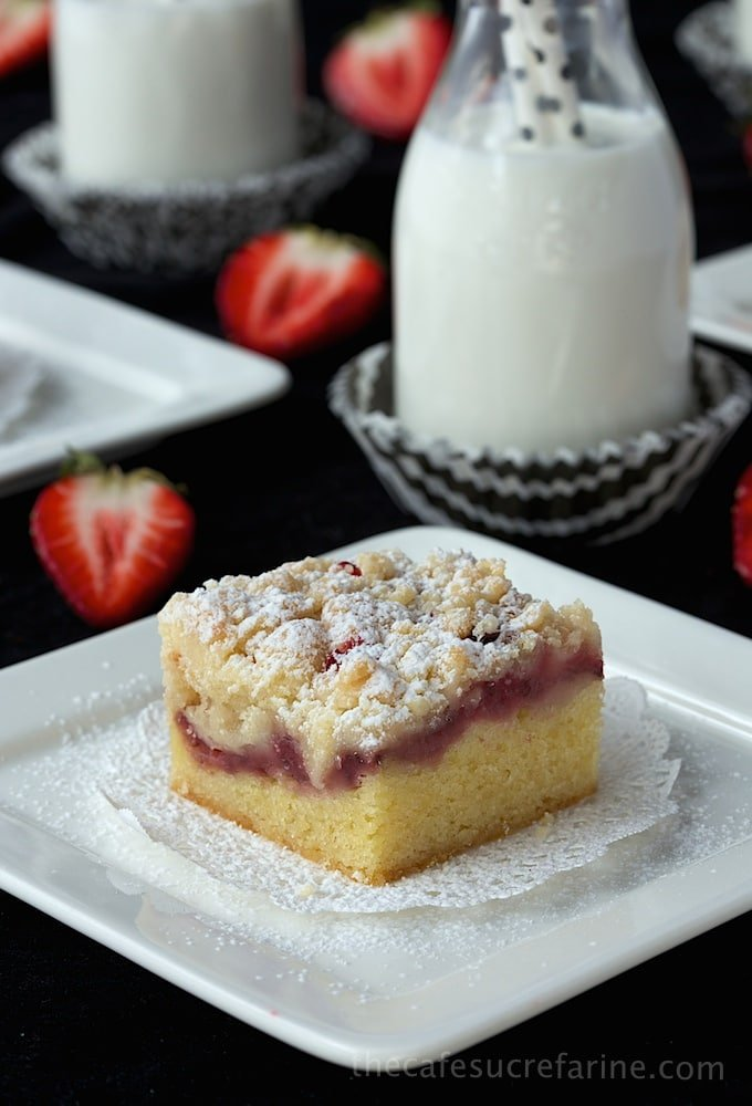 Strawberry Crumb Bars (8)