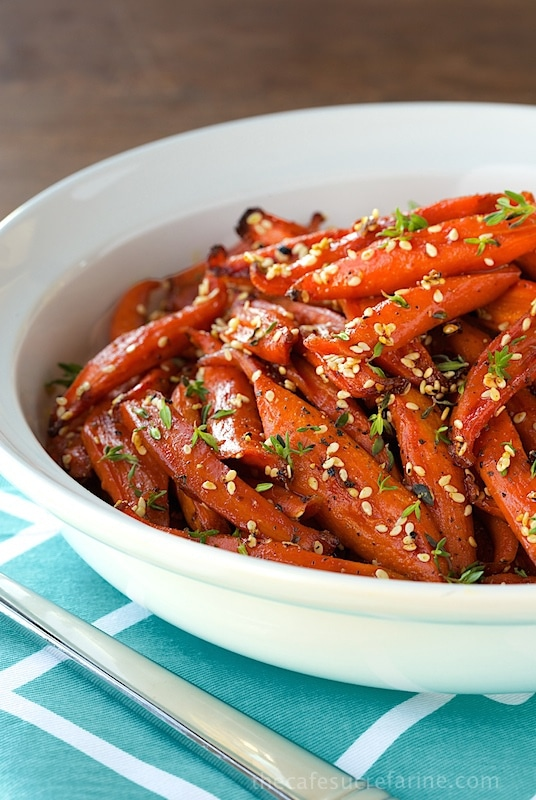 Honey maple roasted carrots the caf sucre farine - Deseed pomegranate less one minute video ...