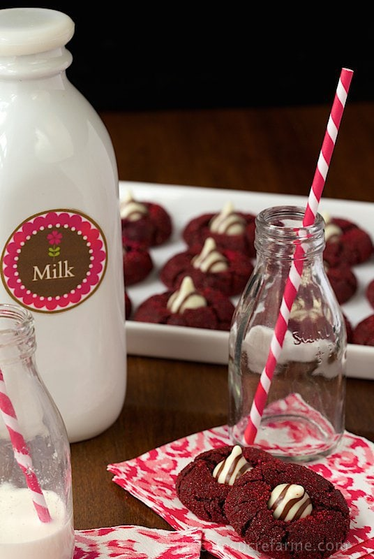 Red Velvet Kiss Cookies - the most delicious, fun, festive and ROMANTIC cookies you'll ever have the pleasure of meeting!