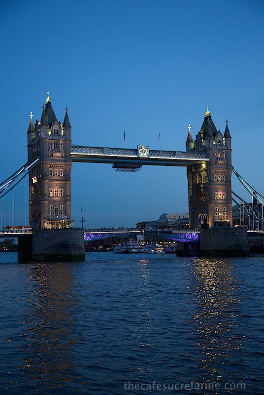 Why we love London - the River Thames!