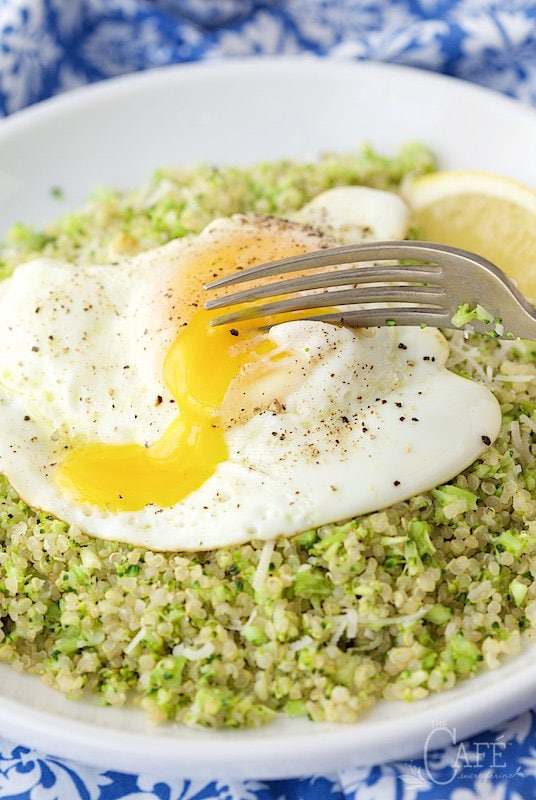 Broccoli Parmesan Quinoa - What if you could serve a broccoli dish so delicious that everyone at the table would be begging for more? This one's quick, easy, healthy and a real crowd pleaser! thecafesucrefarine.com