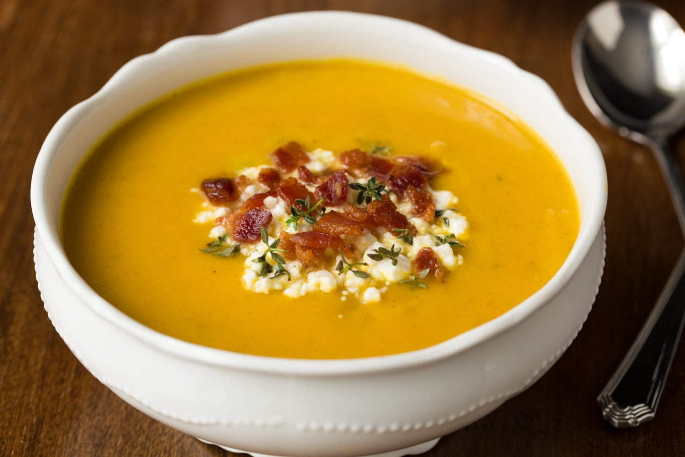Healthy, elegant and full of flavor, this delicious Roasted Butternut Bacon Soup is perfect for lunches, casual dinners and meals on the run! It also makes a wonderful appetizer soup! thecafesucrefarine.com