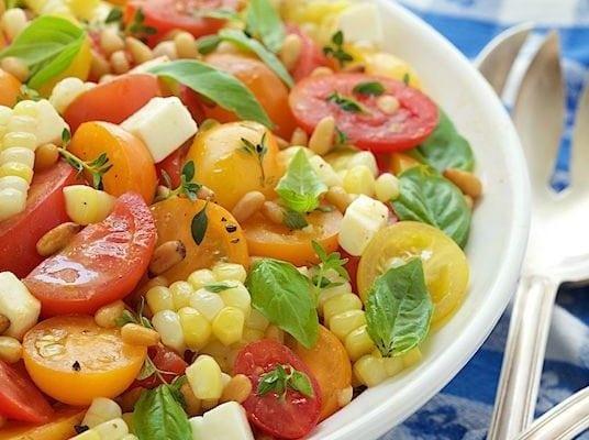 Fresh Corn and Tomato Caprese Salad