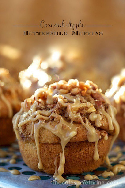 Caramel Apple Buttermilk Muffins - What a winning combination! They rise up tall and high and are topped with a delicious buttery cinnamon crumble. www.thecafesucrefarine.com