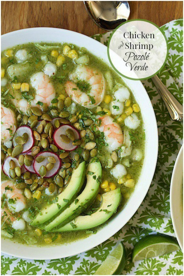 Light, healthy and crazy delicious, this Shrimp and Chicken Pozolé Verde is easy enough for everyday dinners, but it's also great for entertaining! #pozoleverde #mexicanstew