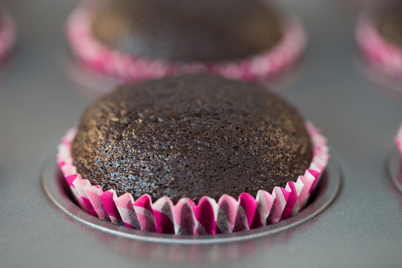 Easiest, Best Ever Chocolate Cupcakes | The Café Sucre Farine