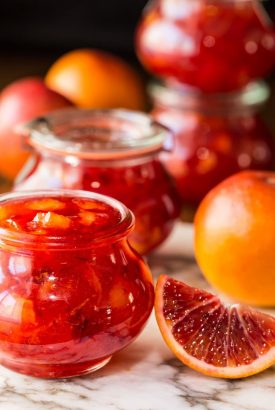 Easy Blood Orange Marmalade - with only 10 minutes of hands-on time, this delicious, not-too-bitter, marmalade brings a little sunshine to the breakfast table!