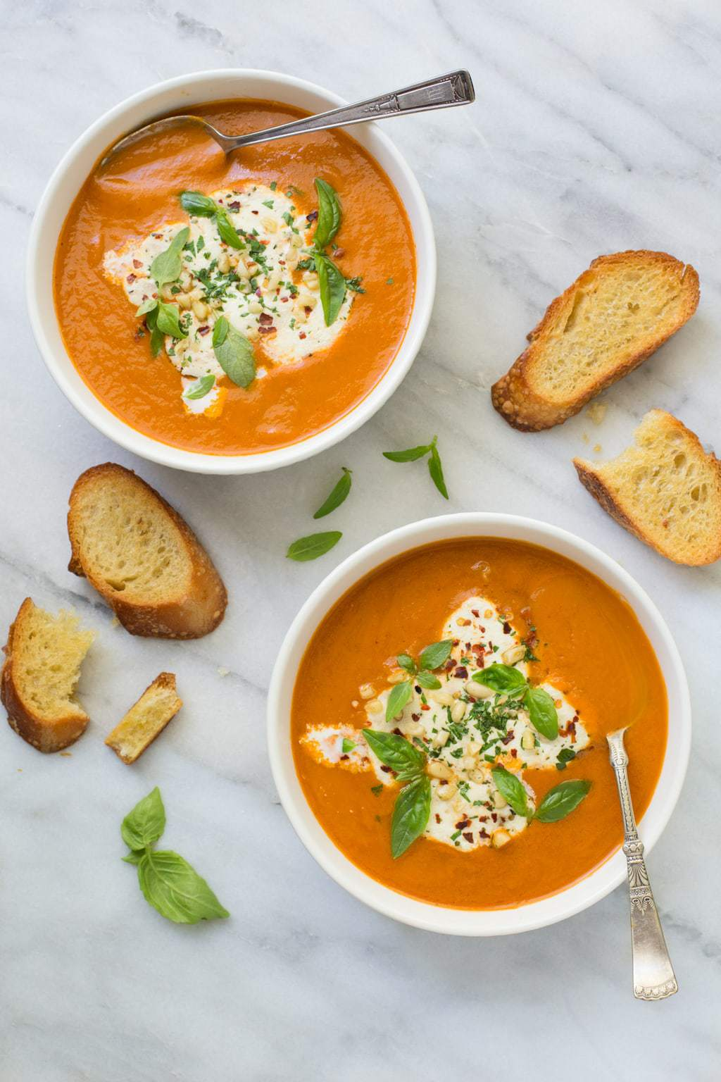Fresh Tomato Basil Soup - There's nothing quite like tomato soup made from fresh tomatoes. Once you try it, you'll never want it any other way! thecafesucrefarine.com