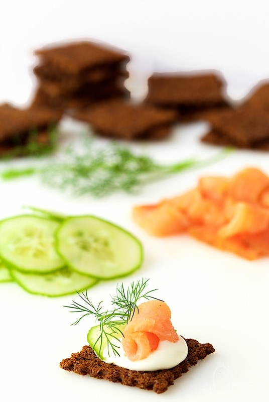 Smoked salmon mousse canapes recipes food fish recipes for Smoked salmon mousse canape