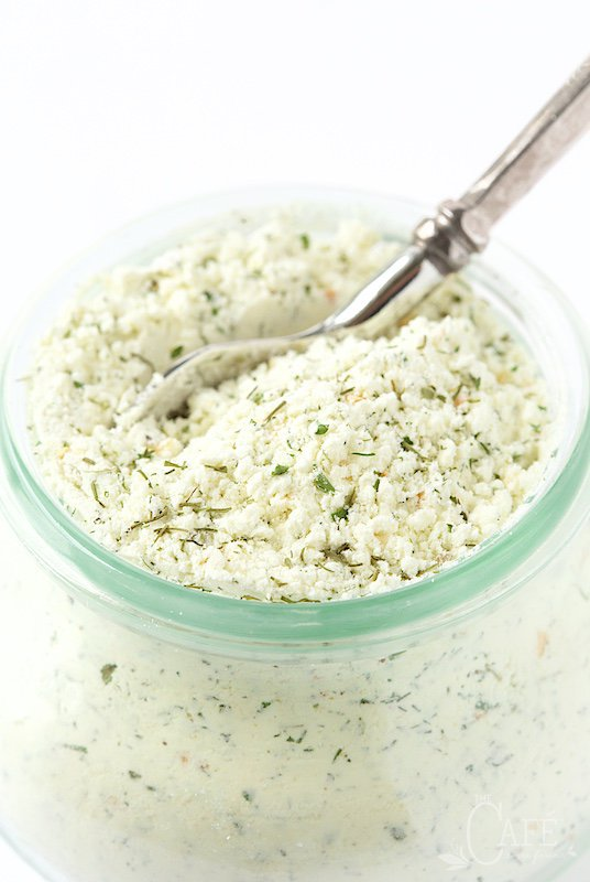 Homemade Buttermilk Ranch Dressing Mix - infinitely better than the little packets you can buy, way more healthy and much CHEAPER!!