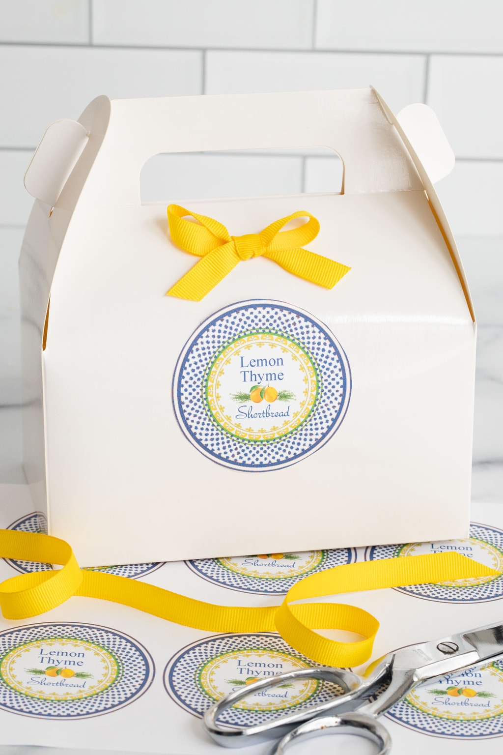 Vertical closeup photo of Lemon Thyme Shortbread custom labels for gift giving.