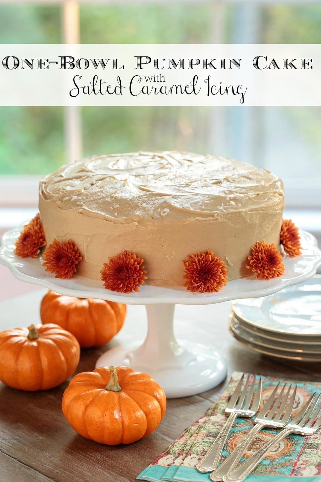 This moist, one-bowl pumpkin cake comes together in minutes. It\'s wonderful on its own but the salted caramel icing takes it to nirvana status! #pumpkincake, #onebowlpumpkincake, #easypumkincake, #saltedcaramelicing
