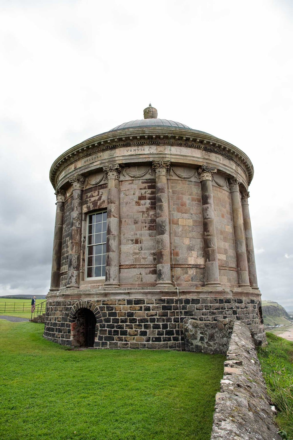 Photo of Temple Mussenden in Castlerock, Northern Ireland.