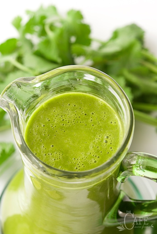 Spicy Cilantro Honey-Lime Dressing - addictively delicious, this dressing will rock your little salad loving world!  thecafesucrefarine.com
