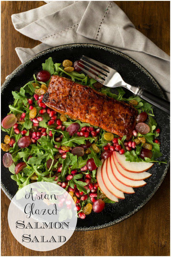 This Asian Glazed Salmon Salad is both delicious and beautiful! It makes a fabulous dinner party entree! #asiansalmon #salmonsalad