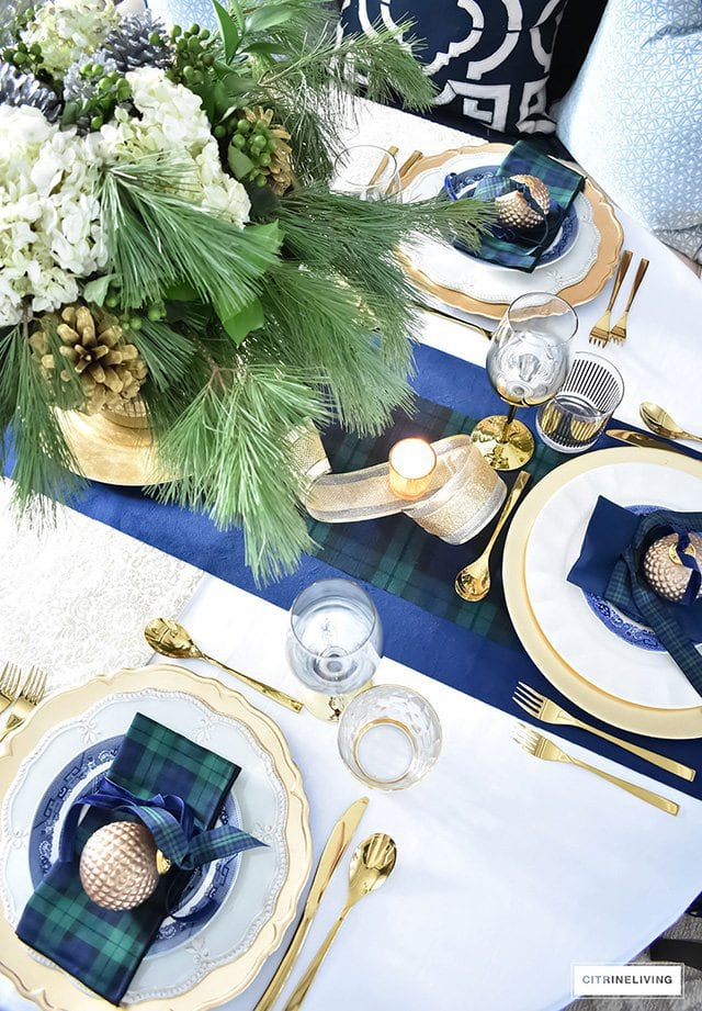 Photo of holiday tablescape ideas from Citrineliving website.